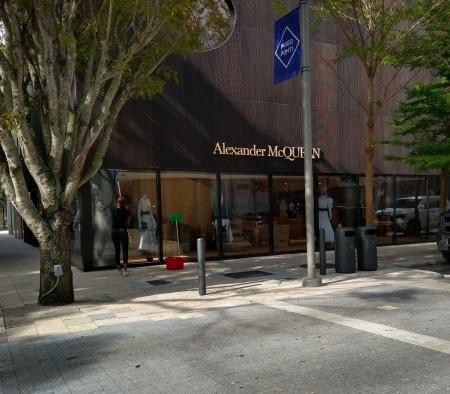 Alexander McQueen Exterior