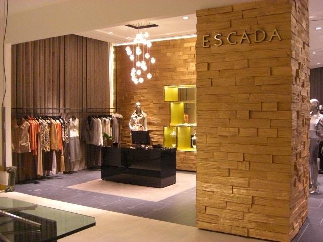 Custom Store Fixtures at Escada