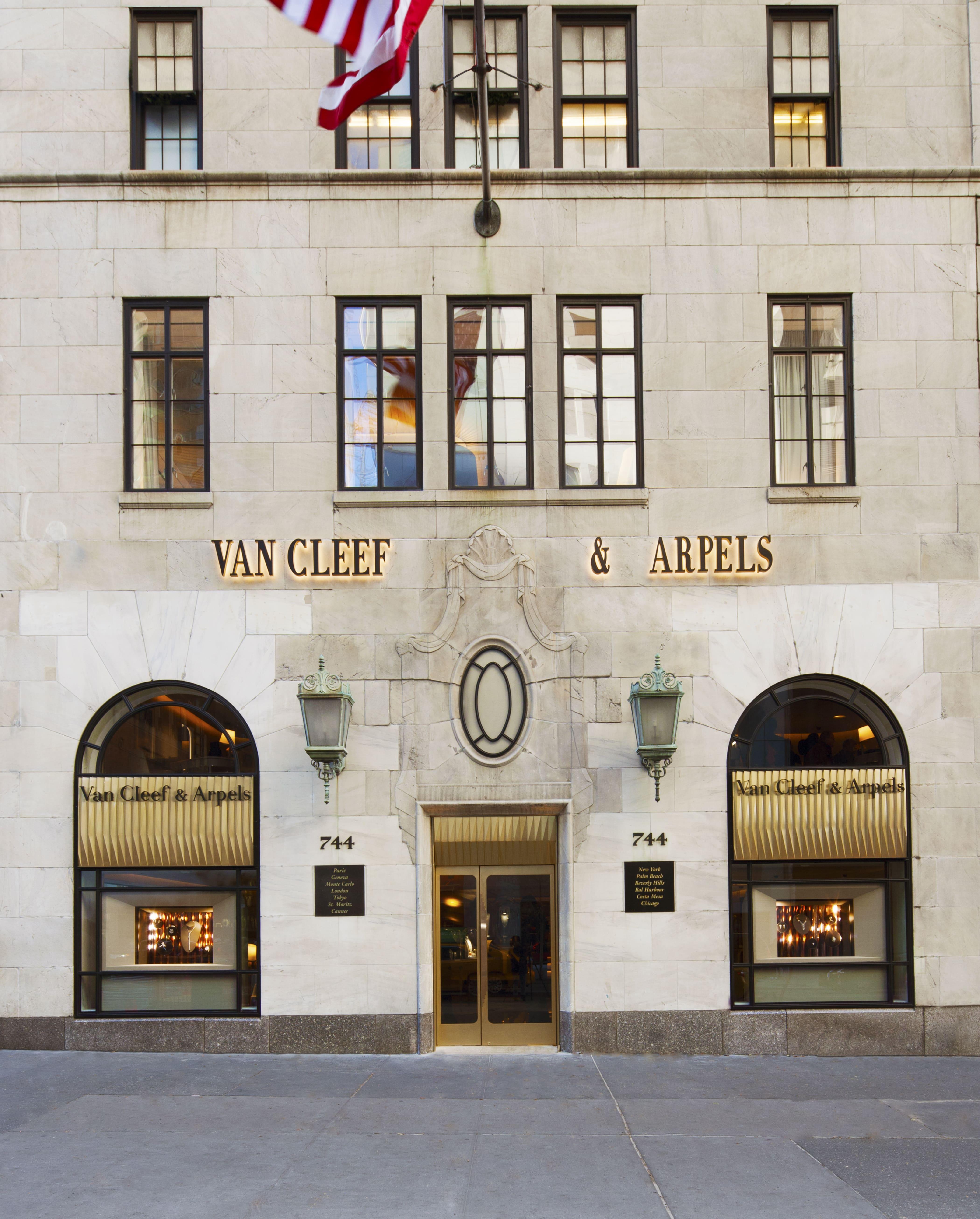 Van Cleef & Arpels Exterior